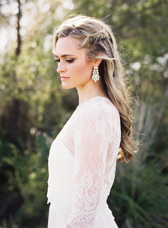 Wedding Hair is moving away from structured perfection and heading toward loose and imperfectly beautiful. LOVE!