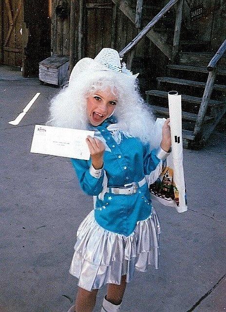 Dolly Parton No 1. Won Costume contest at Knotts! She won