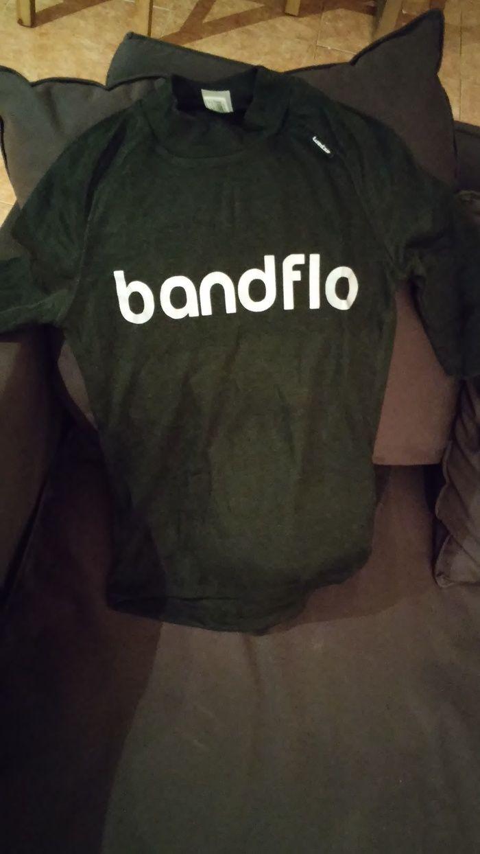 #bandflo #tshirt with reflective print #musicians #singers #bands #entertainers www.bandflo.com