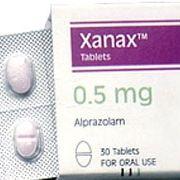Qu'est-ce que le Xanax (alprazolam)? (Effets secondaires, sevrage à l'arrêt)