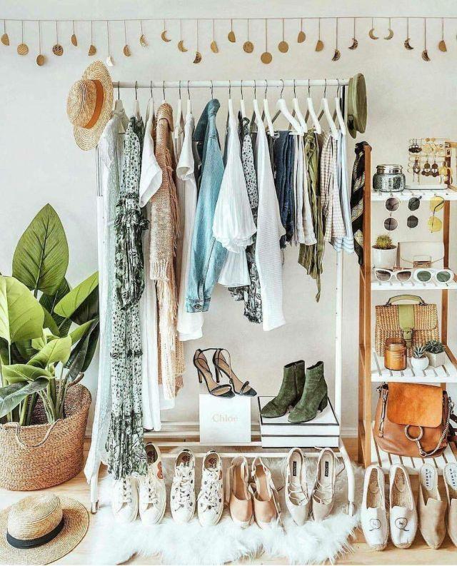 10 Open Closet Ideas For Small Bedrooms Ten Catalog Kleines Balkon Dekor Schlafzimmer Schrank Schlafzimmer Diy