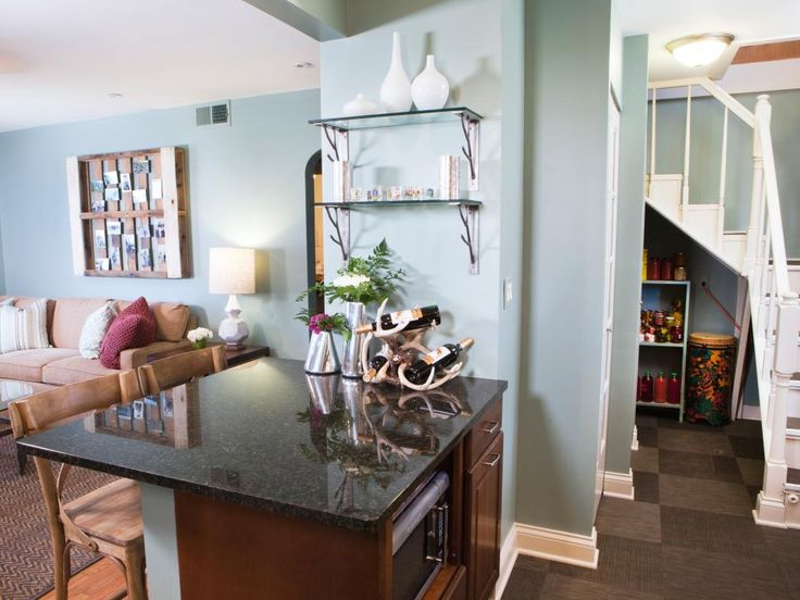 This Kitchen From Megs Great Room Makes Use Of Every Nook And Cranny A Small Paint Colors