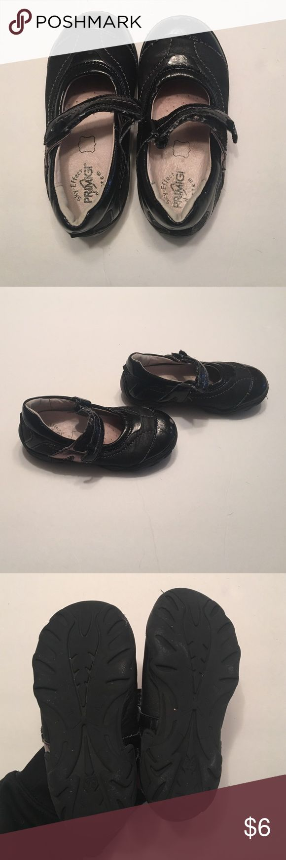 Girls shoes Size 10 toddler girl (European 26 size)black Velcro shoes; normal everyday wear. Primigi Shoes