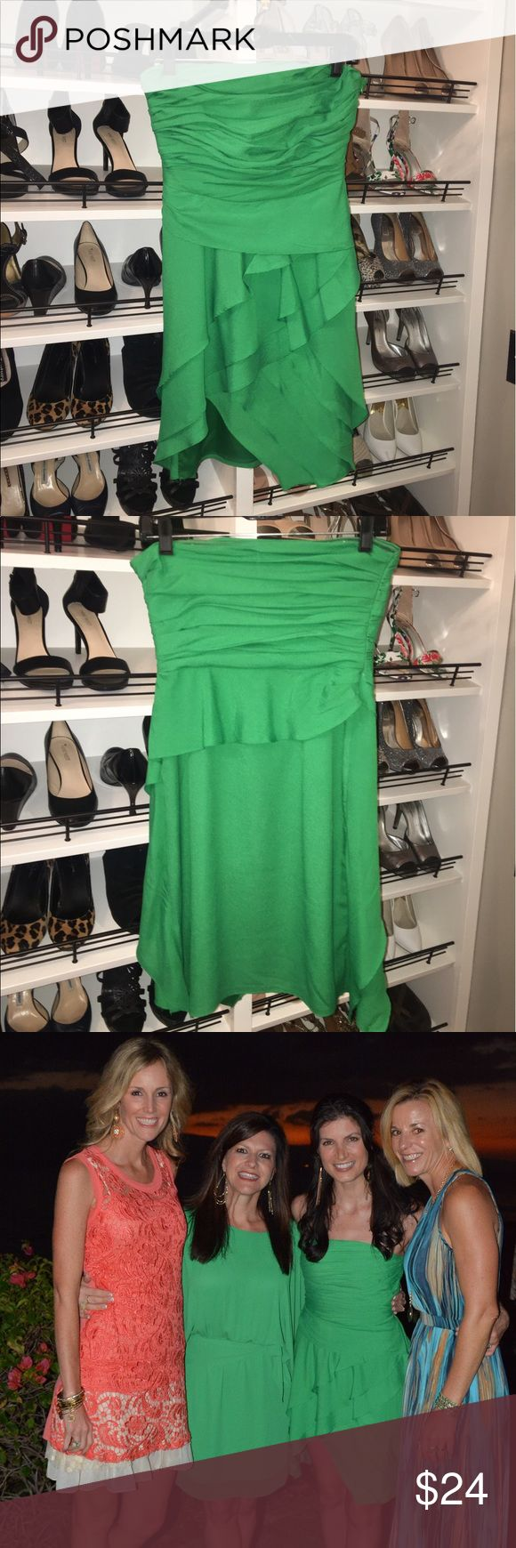 Kelly green dress Strapless Kelly Green dress; party/ cocktail dress; worn once MM Couture Dresses