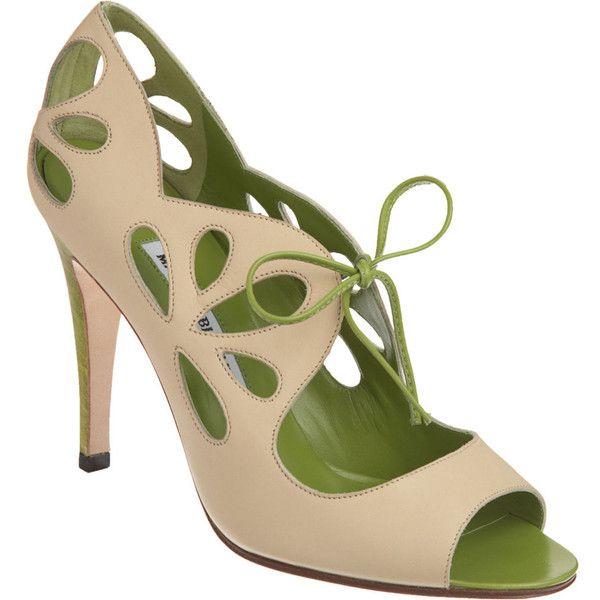 Manolo Blahnik Scono]Cutout Details, Blahnik Sconon, Scono Heels, Shoes Fit, Big Shoes, Adorable Shoes, Manolo Blahnik, Petals Cutout, Peeptoe Pump