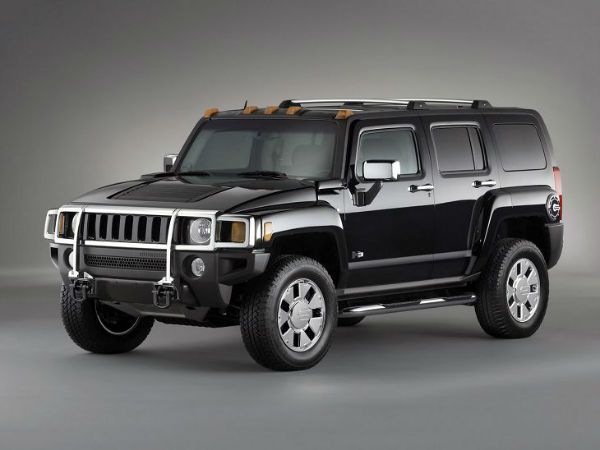 2017 Hummer H3 is popular mid-size SUV doesn't bring much in the way of upgrades, the same old sturdy chassis, and the wide wheelbase, and slightly more efficient fuel economy than the outgoing model. Moreover, Hummer Hummer H3 2017 offers an improved interior design, more comfort than the last... http://carsmag.us/2017-hummer-h3/