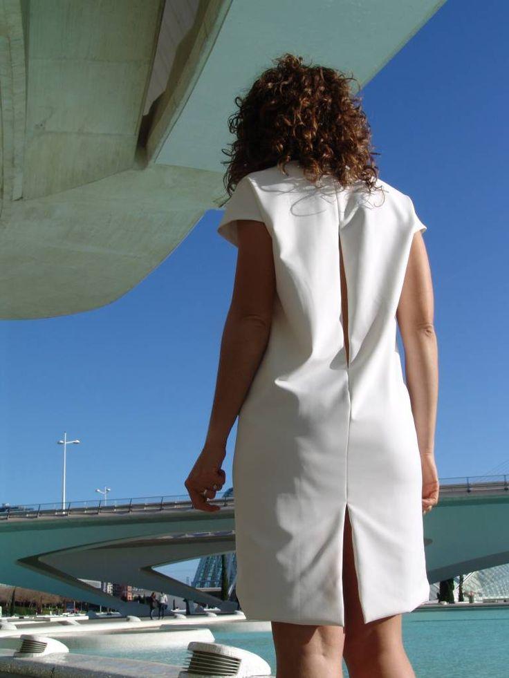 Sam (White) - Dutch Elefant Power Dress