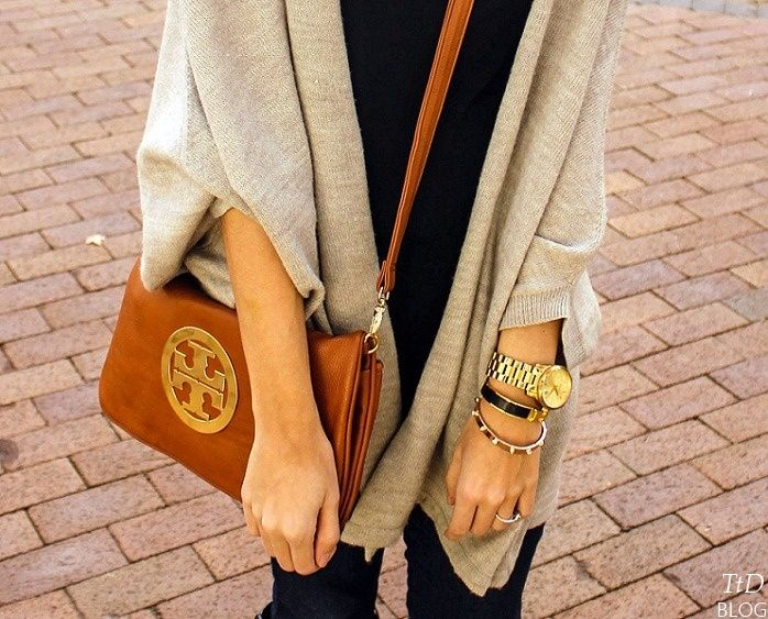 I have that Tory Burch purse!