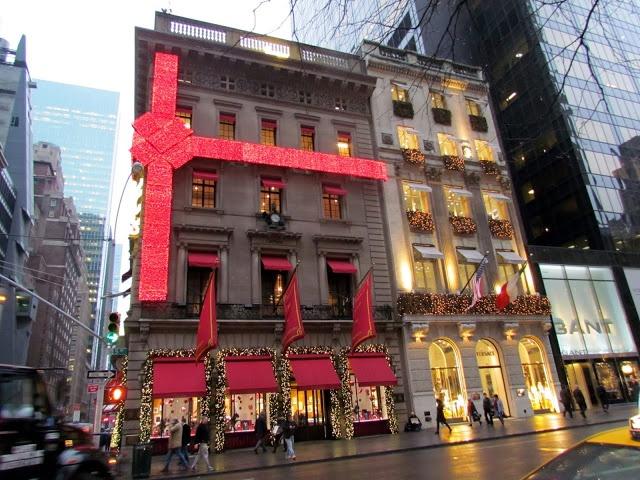 Mille Fiori Favoriti  Pat's tour of NYC at Christmas!