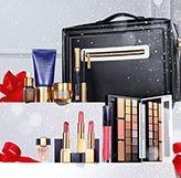 Makeup Collection 2016,  -   [2016年10月28日(金) 午前10時 販売開始]   スタイリッシュなコスメティック バッグの中に、エスティ ローダーを代表するスキンケアから華やかなメークアップを叶えるアイテムの数々を収めた、ホリデー限定セット。  今年は、イラストレーターのルーベン トレドとコラボレートした、エスティ ローダーだけのオリジナル ボックスに入れてお届けします。  自分へのご褒美に、クリスマス プレゼントに最適なセットです。   【セット内容】 ・デラックス ピュア カラー エンヴィ アイ & チーク パレット (16色&3色) アイシャドウ: 11 デカダント コパー ブリリアント 17 フィアレス ペタル ブリリアント 19 インフェイマス オーキッド ブリリアント 02 アイボリー パワー 1 04 レベル メタル 5 05 ファイアリ サフラン 1 05 ファイアリ サフラン 2 05 ファイアリ サフラン 3 05 ファイアリ サフラン 4 06 カラント デザイア 2 10 エンヴィアス オーキッド 2 10…