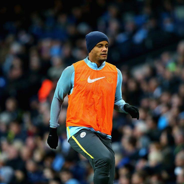 Vincent Kompany Suffers Apparent Calf Injury vs. Newcastle