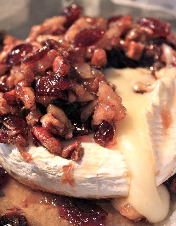 Brie fondant pacanes, érable et poire ~ Les doigts collants