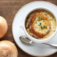 5 ingredient slow cooker french onion soup