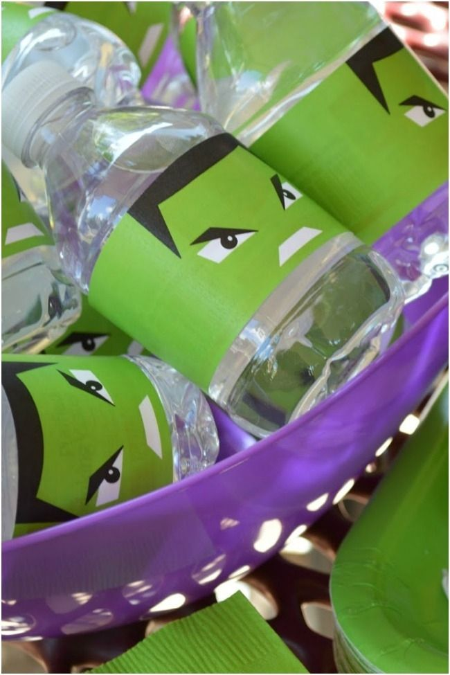 Incredible Hulk Super Hero Party Supplies www.spaceshipsandlaserbeams.com