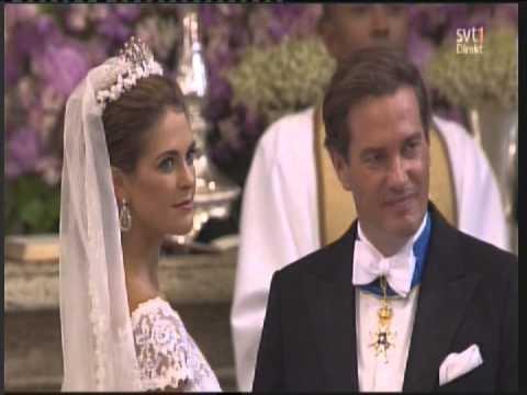 2013 06 08, Peter Jöback singing at Princess Madeleine's wedding.