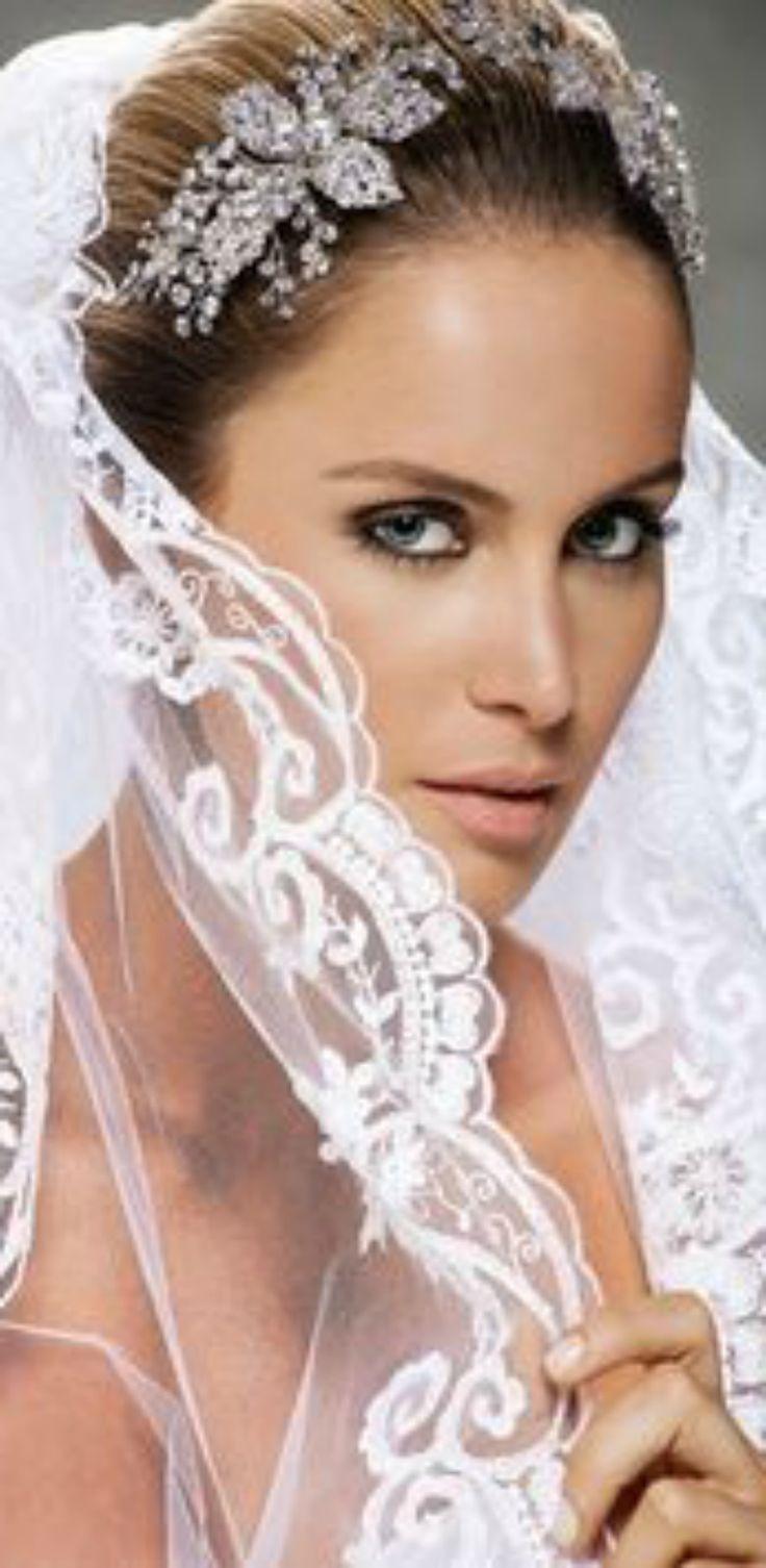 Wedding headpiece & veil