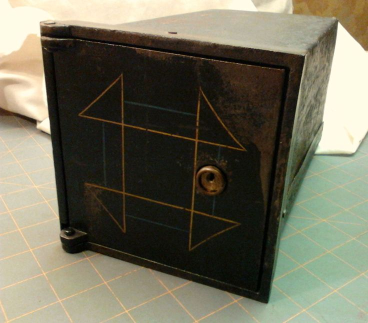 Antique Bank Safe Deposit Box Cast Iron No Keys Churn Dash Design