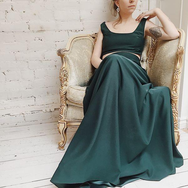 Pacina green 💚 #boudoir1861 #wedding #weddinginspiration #boho #getinspired #vintage #bridesmaids #bride #decoration #dress #elegant #beautiful #greedress #vintagedress #simpledress #pretty #green