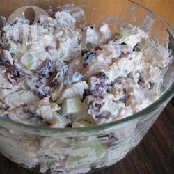 Salade de poulet aux canneberges @ qc.allrecipes.ca