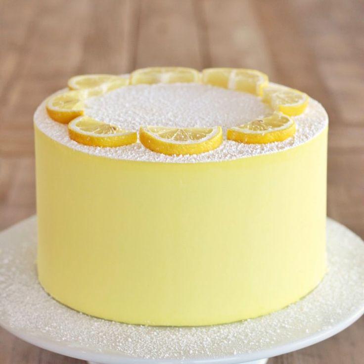 Lemon Bar Cake – Zitronenkuchenschichten auf Mürbteigkruste gebacken, gefüllt mit …   – Chloe's one
