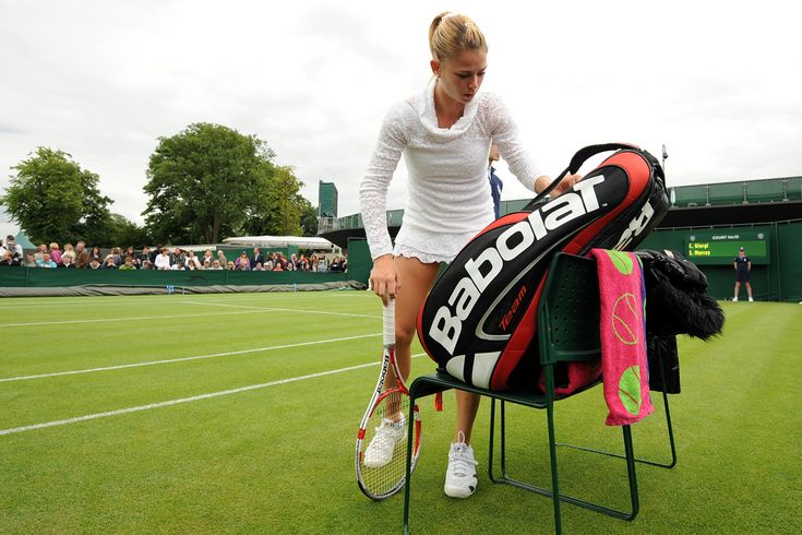 Camilla Giorgi prepares for her First Round match with Samantha Murray
