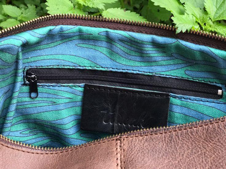 Pochette Blush, real leather. Fabrics inside designed by Tweak.  New Tweak Winter Collection