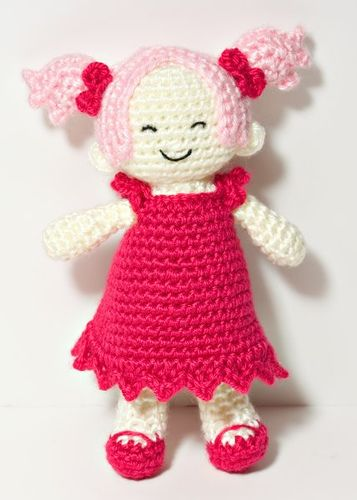doll by NeedleNoodles, via Flickr