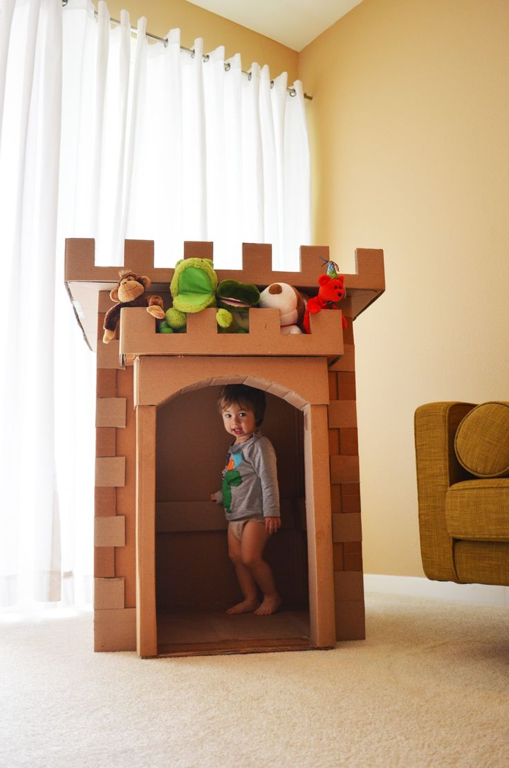 cardboard castle {No instructions but inspirational!}
