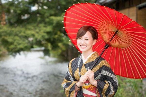 5 mẹo làm trắng da của người Nhật