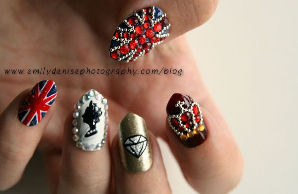 I would chip these nails in a day. But I can't resist sparkly things  (Very Emily, Diamond Jubilee Nails)