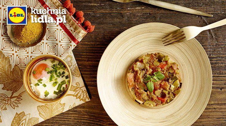 Jajko cocotte z wędzonym łososiem i prowansalskim ratatouille. Kuchnia Lidla - Lidl Polska. #lidl #pascal