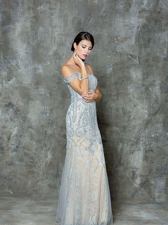 off shoulder prom dress . find it at Moscatel Boutique