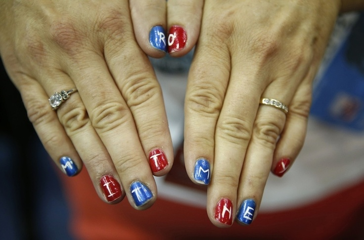 All politics aside, this is a creative way to show your support!Mitt Romney, Presidential Election, Hot Politics, Nails Art, Inspiration Nails, Births Control, Beautiful Fashion, Politics Nails, Election Nails