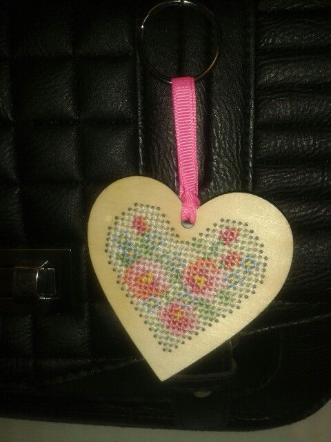 Cross stitcher issue 275. Floral keyring.