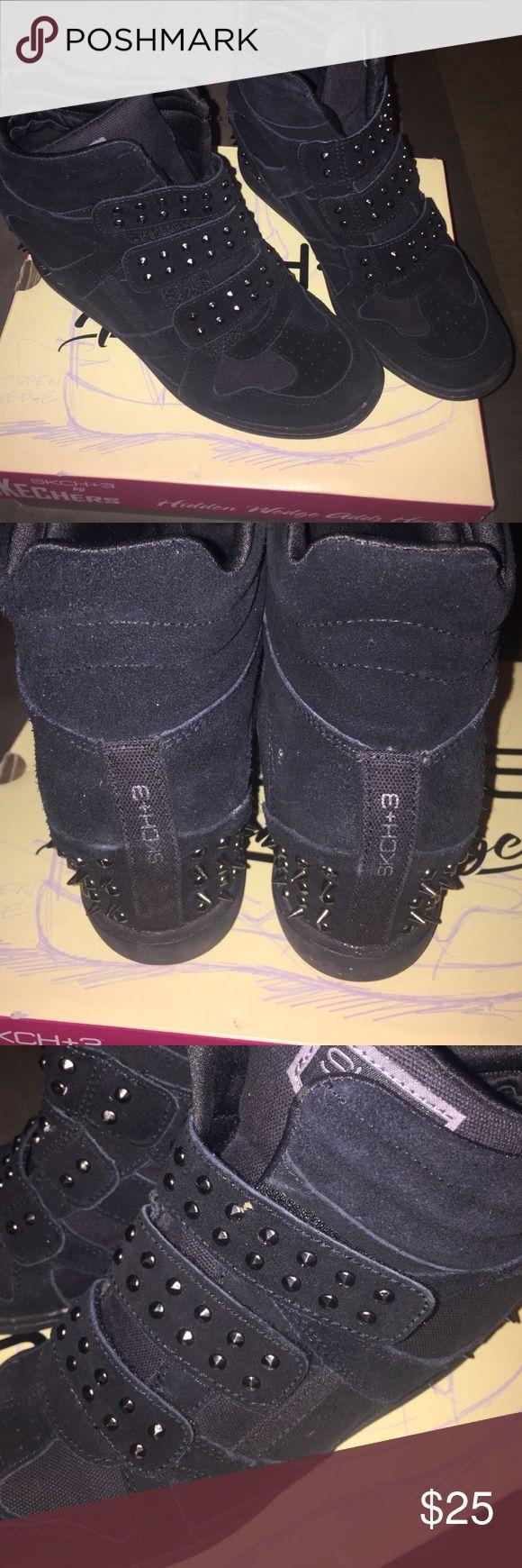 Skechers Hidden Wedge Sneakers Sz 8 Black Hidden Wedge Sneakers, by Skechers, size 8! Skechers Shoes Sneakers
