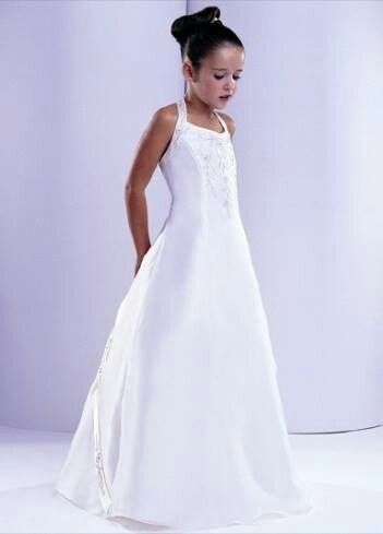 Nice junior bride dress