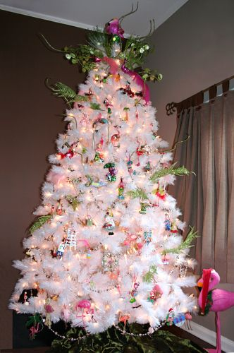 Flamingo Christmas tree