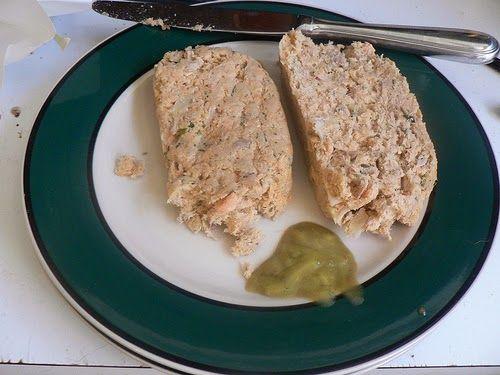 Recette de pain de poisson spécial Carême (sans œufs) aux fines herbes, à l'échalote et à l'ail (farce à cervelas ou saucisses)...