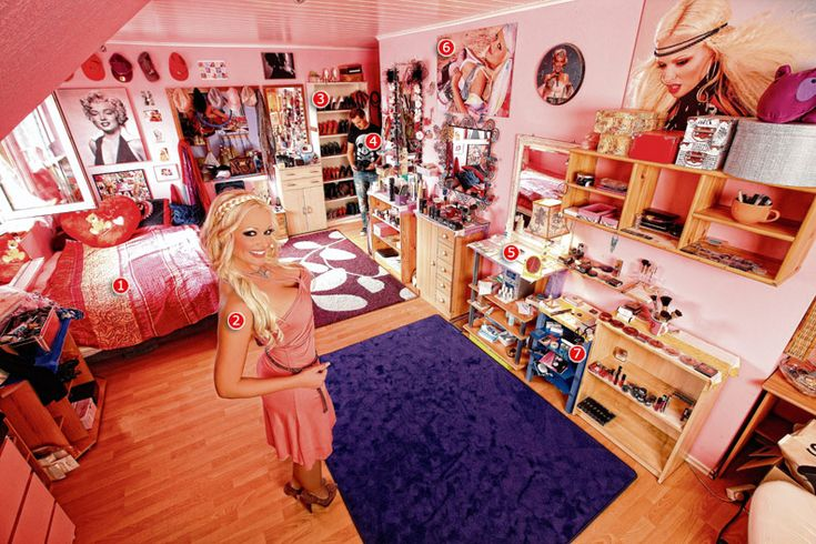 Daniela Katzenberger's apartment (2011)