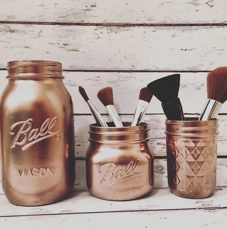 Inspirações para organizar a maquiagem http://www.blogdocasamento.com.br/inspiracoes-para-organizar-a-maquiagem/