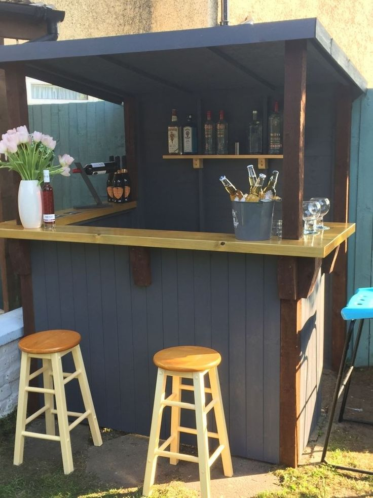Outdoor Mini Bar Ideen in Ihrem Garten 15   – Lisa Morgan
