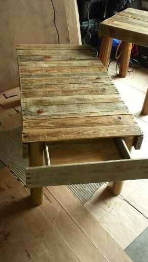 Pallet coffee table with hidden drawer