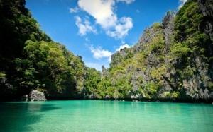 Parc national de la rivière souterraine de Puerto Princesa aux Philippines - Découvrez les 7 merveilles naturelles du monde http://blog.ecotour.com/bons-plans/les-7-merveilles-naturelles-du-monde/#