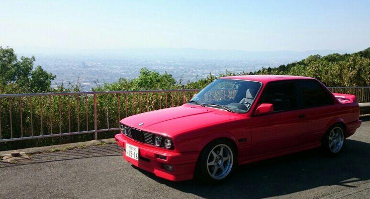 BMW E30 320i 2door
