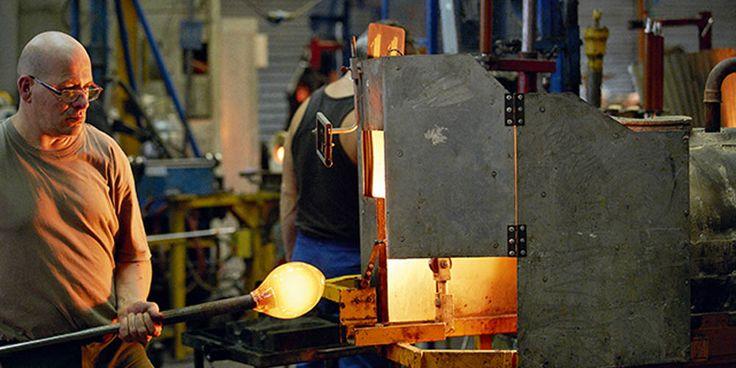 La cristallerie Baccarat rachetée par des Chinois, les emplois sont maintenus. - http://www.le-lorrain.fr/blog/2017/06/04/cristallerie-baccarat-rachetee-chinois-emplois-maintenus/