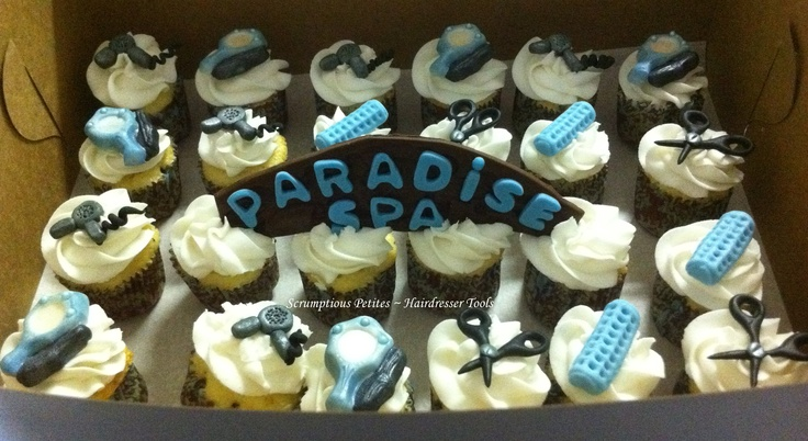 Pin by Charlotte Hall on Cake decorating ideas | Pinterest