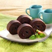 Membuat brownies kukus gulung seperti ini untuk membuka peluang bisnis rasanya oke juga.