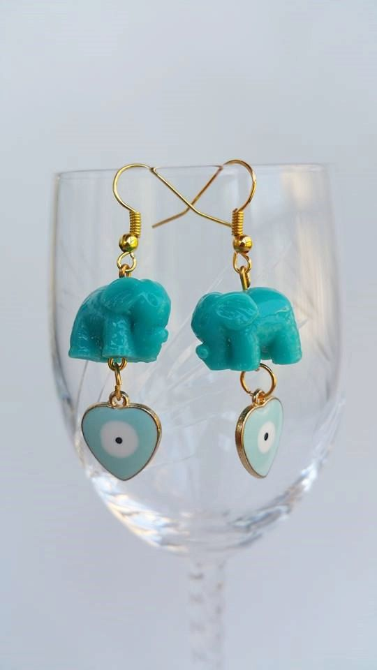 Check out this item in my Etsy shop https://www.etsy.com/pt/listing/240270435/dangle-drop-earrings-elephant-earrings