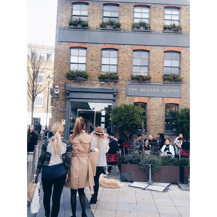 Missing London!   Pics on the blog !   http://oda-viktoria.squarespace.com/blog/2015/5/21/savner-london