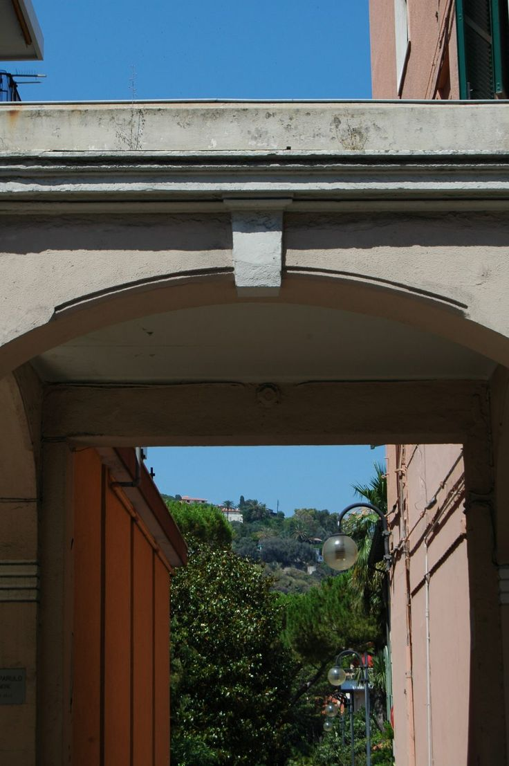 Bordighera (IM)  Via Febo